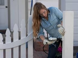 How To Build A Decorative Curved Picket Fence Diy