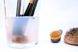 how to disinfect makeup brushes