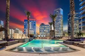 luxury als downtown houston tx