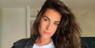 Francesca Sofia Novello Instagram, ipnotica in lingerie ...