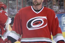Aaron Ward Returns to the Hurricanes - Canes Country