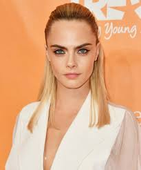 proof cara delevingne is a hair color