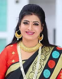 Priya Raman Mollywood age, height, family, relatives Information -  loverays.com