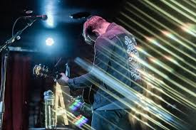 Aaron West & the Roaring 20's | Show Review