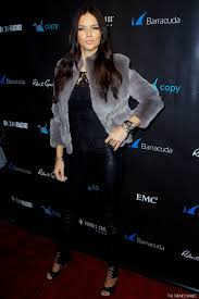 Adriana Lima फ़रवरी Haute Hippie Grey Gray Fur Chain Jacket Rebecca Minkoff  Leather Pants Gianvito Rossi Mira Lace Up Cut Out Leather Black Booties  Jewelry Watch Rings Arm Candy प्रसिद्ध व्यक्ति Styl