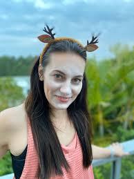 story easy reindeer makeup