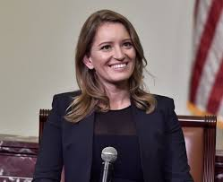 Phish Fan Katy Tur Ends 2019 on MSNBC With References to Jam Band -  InsideHook
