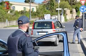 In auto con quasi mezzo chilo di marijuana, 48enne arrestato a Crotone - Corriere  della Calabria