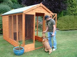 Delux Kennel And Run B Jpg 640 480 Outdoor Dog House Diy Dog Kennel Wooden Dog Kennels