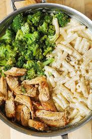 en broccoli alfredo pasta julia