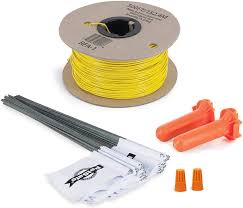 Amazon Com Petsafe Fence Wire And Flag Kit Includes 50 Boundary Flags And 500 Ft Of Wire Expand Your In Ground Fence Petsafe Wireless Pet Fence Products Pet Supplies