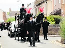 Hundreds say their farewells to Myrtle | Swindon Advertiser