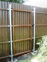 8 Ft Tall Walk Gate Gate Frame Back Side On Steel Posts Fiberfence Fiberglass Fencing Systems