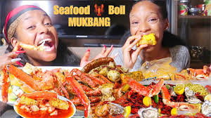 SEAFOOD BOIL MUKBANG! ft Divinitii ...