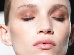 5 simple steps on how to apply eyeshadow