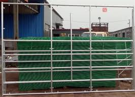 1 8m Height Livestock Farm Fence Panels Low Carbon Steel Cattle Yard Gates