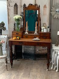 beautiful oak antique dressing table