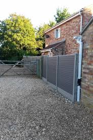 Composite Fencing Environmentally Friendly Alternative To Wood Elglaze