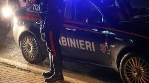 Non si ferma all'alt dei carabinieri, inseguito e denunciato - Gazzetta di  Reggio Reggio