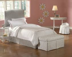 Bedroom Storage Bench Furniture Ideas Small Room Decorating Ideas