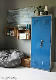 26 Cool And Colorful Ways To Organize Your Kids Room Nautical Big Boy Room Boy Room Big Boy Room