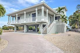 78 N Bounty Lane - For Sale in Key Largo, Florida - Real Estate ...
