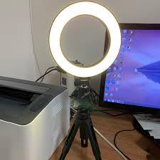 Đèn LED hình vòng tròn kèm giá đỡ 3 chân hỗ trợ chụp ảnh/ livestream/ trang  điểm