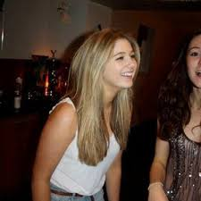 "Abby martin on Twitter: ""Rhianna says she can turn straight women ..."