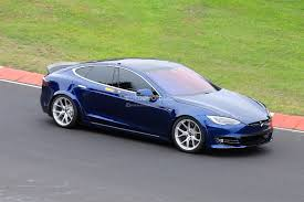 Tesla Model S Plaid Obliterates Porsche ...