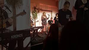 Jessica Mauboy - Fallin LIVE - YouTube