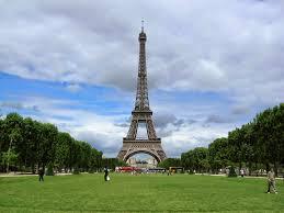 أجمل عشر صور لبرج إيفل الفرنسي
