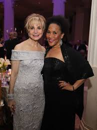 Stages 'Starstruck' Gala combines high drama and red carpet ...