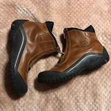 muckers waterproof hiking boots size