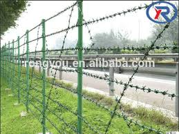 Heavy Duty Metal Studded T Post Steel Green Painted Fence Post Buy Metal Fence Post Steel Fence T Post Studded T Post Product On Alibaba Com