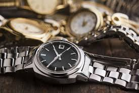 remove scratches from watch crystal