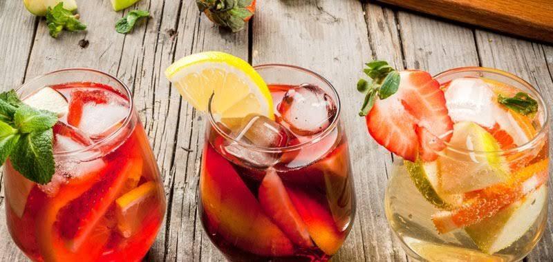 """Resultado de imagem para 2 Drinks Refrescantes  com VINHO"""""""