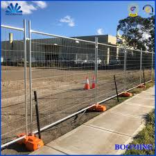 China Weld Mesh Temporary Fence Traffic Temporary Fencing Galvanized Steel Temporary Fence With Concrete Block Base Brace Stay Clamp And Shade Cloth China Temporary Fencing Fence