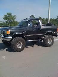 Ford bronco, Classic ford trucks ...