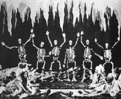 The skeletons from 'Le Palais des Mille et une Nuits' by Georges Méliès  (1905) | George melies, Film images, Stop motion