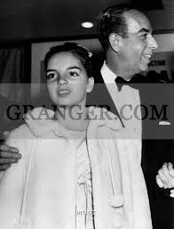 Image of LIZA AND VINCENTE MINNELLI. - Liza Minnelli And Her Father Vincente  Minnelli At Premiere Of Film Some Came Running At Paramount Hollywood  Theater In December 1958. Full Credit: AGIP -