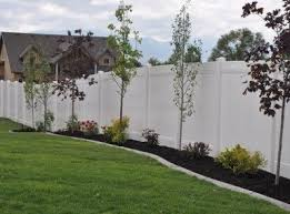 Get Beautiful Fence And Gate Design Ideas Lattice On Fence Top Page Privacy Fence Landscaping Fence Landscaping Vinyl Fence Landscaping
