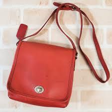 leather turn lock shoulder bag red