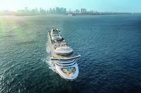 coronavirus pushes ships
