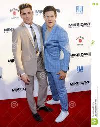 Adam DeVine and Zac Efron editorial photo. Image of film - 73669586