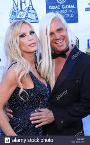 Los Angeles Nollywood Awards presents Amber Lynn with the Award of ...