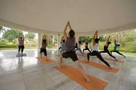 best yoga teacher retreats
