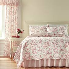 fl toile bedding quilt and
