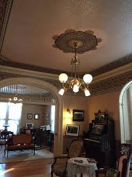 double parlor with beautiful bradbury