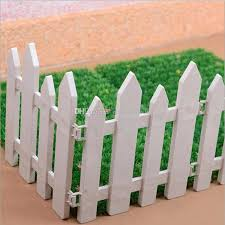 Wholesale High Quanlity Plastic Fences For Wedding Decorations Props For Graduation Birthday Party Thanksgiving Background Decorations Fairytale Wedding Decorations Free Wedding Decorations From Gonewithwind 201 01 Dhgate Com