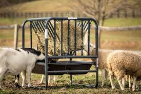 Cattle Hay Feeder Products Tarter Farm And Ranch Equipment American Made Quality Since 1945